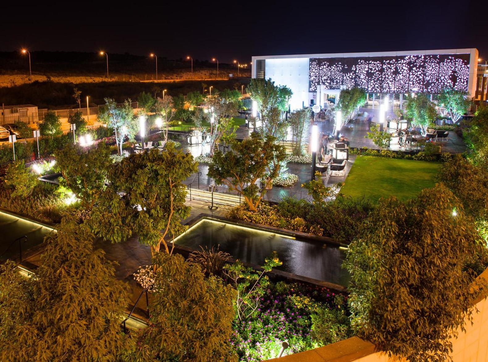 1. מתחם האירועים היחיד בישראל המציג  חוויה עיצובית חדשנית ומרגשת