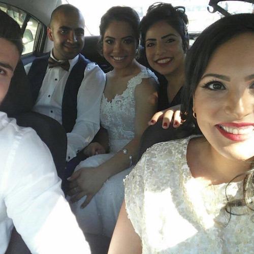 עם המלווים הצמודים - החתונה של שושי ואורן