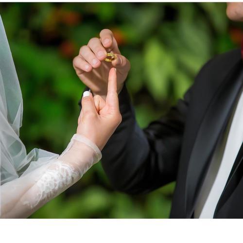 שימי עונד למוריה את הטבעת
