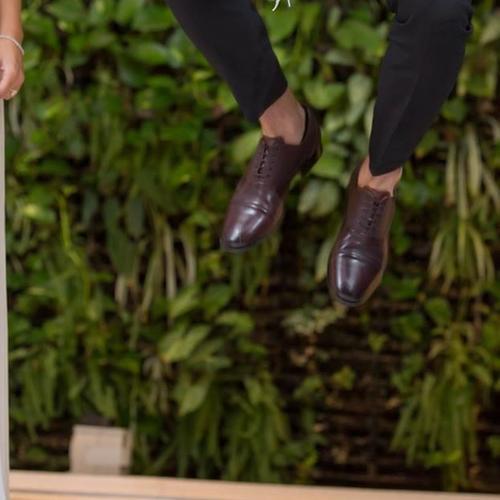 אלירן קופץ לגובה